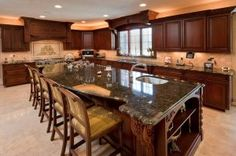 Things To Do Before You Design Your Kitchen:Luxury Kitchen Design Ideas Luxury Kitchen Design, Design Your Kitchen, Outdoor Kitchen Design, Kitchen Cabinet Design, Custom Kitchen Cabinets, Custom Kitchens, Luxury Kitchens, Home Kitchens, Stock Cabinets
