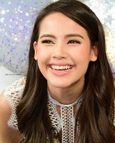 Thai Princess, Traditional Dresses, Diana, Ethnic, Portraits, Actresses, Inspiration, Beautiful, Fashion