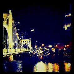 Pittsburgh. Clemente bridge