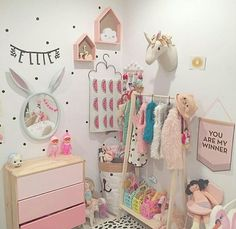Love the different shades of pink for a little girls room