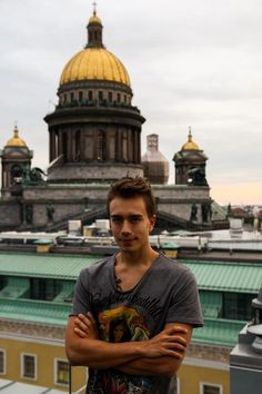 """""""Bringing the music that comes from within to st. Petersburg"""" - Headhunterz"""