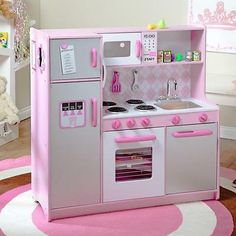 KidKraft Argyle Play Kitchen with 60 pc. Food Set - Play Kitchens & Grills at Hayneedle Childrens Play Kitchen, Kitchen Sets For Kids, Play Kitchen Sets, Toy Kitchen, Play Kitchens, Wooden Kitchen Set, Diy Karton, Licht Box, Inventions