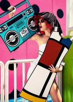 Mondrian dress Real-Life Paper Doll with 9 Paper Cutouts Inspired by Iconic Fashion Designs – Fubiz Media Pop Art Fashion, Fashion Collage, Moda Fashion, Trendy Fashion, Fashion Models, Fashion Portraits, Trendy Style, Fashion Designers, Fashion Fashion