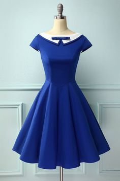 Vintage Style Peter Pan Collar Royal Blue Dress – Mod and Retro Clothing Party Dresses With Sleeves, Pin Up Dresses, Lace Dress With Sleeves, Lovely Dresses, Blue Dresses, Short Sleeve Dresses, Short Sleeves, Vestidos Pin Up, Green Homecoming Dresses