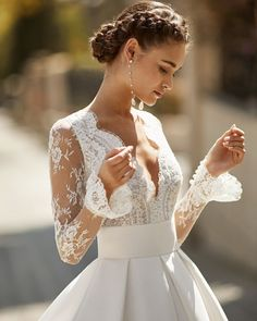 Among the collections' Haute Couture designs, the long sleeve wedding dresses with flared cuffs are a strong option for… Tailored Wedding Dress, Civil Wedding Dresses, Evening Dresses For Weddings, Stunning Wedding Dresses, Wedding Dress Sleeves, Long Sleeve Wedding, Lace Weddings, Beautiful Dresses, Elegant Dresses