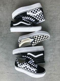 Are these platforms! Sock Shoes, Shoe Boots, Vans Shoes Fashion, Platform Vans, Trendy Shoes, Casual Shoes, Cute Vans, Aesthetic Shoes, Vans Outfit