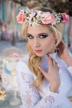 Jessica E. Photography | SLC Utah | Alice in Wonderlands Inspired Wedding | Beyond the Wanderlust Fan Feature