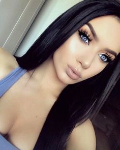 Beautiful Makeup Inspirations For Beautiful Blue Eyes – Fashion & Beauty - Makeup Tips Lips Dark Hair Blue Eyes, Black Hair Blue Eyes Girl, Brunette Blue Eyes, Blue Eyed Girls, Long Dark Hair, Beauty Makeup, Hair Beauty, Beautiful Blue Eyes, Blue Eye Makeup
