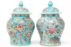 Vintage Turquoise Ginger Jars With Colorful Flowers and Grapes - a Pair Asian Inspired Decor, Asian Decor, Home Decor Inspiration, Decor Ideas, Decorating Ideas, English Decor, Chinoiserie Chic, Blue And White China, Ginger Jars