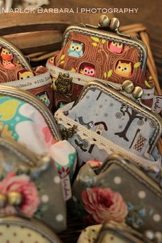 Pénztárcák Suitcase, Coin Purse, Wallet, Purses, Photography, Handbags, Photograph, Photography Business, Photoshoot