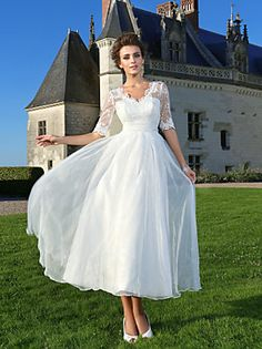 Lanting Bride® A-line / Princess Petite / Plus Sizes Wedding Dress - Chic & Modern / Reception Little White Dresses Ankle-length V-neck