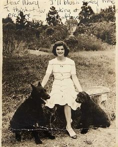 Young Jackie with her dogs #jackiekennedy