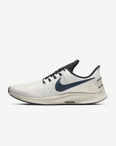 fdfc21fddcc15 Air Zoom Pegasus 35 FlyEase Men s Running Shoe. Nike.com