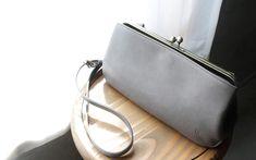 CLEDRAN(クレドラン)NUA(ヌア)2WAY POCHETTE がま口ポシェット CL2542【日本製】 Gold, Bags, Fashion, Handbags, Moda, Fashion Styles, Taschen, Fasion, Purse