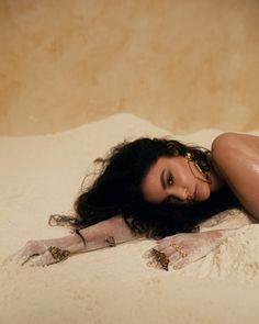 """Sabrina Claudio displays self-love and vulnerability with her latest video """"Unravel Me. Black Tulle Dress, Sabrina Claudio, Workout Belt, Texturizer On Natural Hair, Teen Vogue, Unique Outfits, Up Girl, About Hair, Textured Hair"""