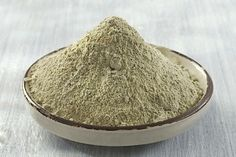 Bentonite Clay is excellent to rejuvenate and cleanse the skin. Topical applications are helpful for acne, eczema, psoriasis, rashes, wound healing, and help draw poison from ant, bee, wasp, and simil