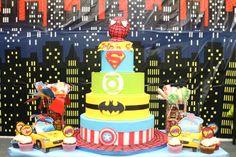 A lovely superhero cake for a boy's birthday