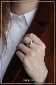Moderner Ring aus einer Mischung von Gelbgold,Weißgold und Roségold: ein wahrer Blickfang! Gold Rings, Stuff To Buy, Jewelry, Ring, Jewlery, Jewerly, Schmuck, Jewels, Jewelery