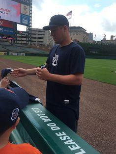 Detroit Tigers Jordan Zimmermann Signing Autographs At Comerica Park