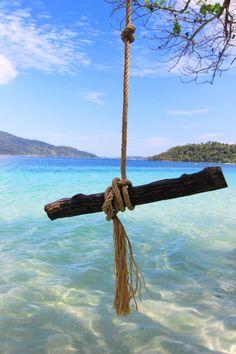KOH RAWI,TARUTAO NATIONAL PARK,SATUN Thailand Vacation, Thailand Honeymoon, Visit Thailand, Vacation Travel, Thailand Travel, Beautiful Islands, Beautiful World, Strait Of Malacca, Like A Local