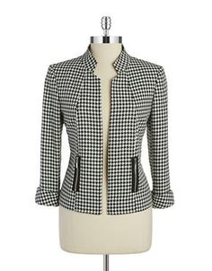 classic without looking stuffy . A classic houndstooth pattern in a sophisticated silhouette with zip pockets.Womens Work Blazer - Jacket for WorkTahari Arthur S.Designer Clothes, Shoes & Bags for Women Suits For Women, Blouses For Women, Jackets For Women, Jacket Pattern, Blazer Pattern, Jackett, Office Fashion, Work Attire, Mode Inspiration