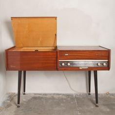Mueble radio tocadiscos vintage la voix de son ma tre for Muebles para tocadiscos
