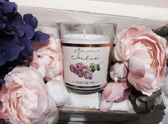 """La Rosa...""""La reina del jardín"""", una de las flores que más pasiones levanta...¡como tú! #lejardindejulie #ambientairaromas #velas #candles #madeinspain #rosa #flowers #flores #garden #jardin #fragancias #aromas #rosedemai #huelogenial #interiors #homedecor #home #hogar #blogger #bloggerspain"""