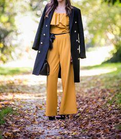 #fashion #manteau #militaire #officier #jumpsuit #jumpsuitoutfit #style #blogger #blogparis #parisblogger #moutarde #colorful #mustard #chic #classy #glamorous #combipantalon