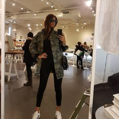 Autumn Outfits, Cool, Casual Outfits, Bomber Jacket, Women's Fashion, Style Inspiration, My Style, Instagram Posts, Jackets