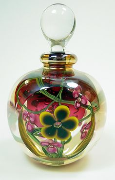 Perfume Bottle - Smith Galleries [Ruby center, layers of flowers and amber outer layer under clear crystal. Antique Perfume Bottles, Vintage Bottles, Glas Art, Beautiful Perfume, Bottle Art, Vases, 3d Printing, Clear Crystal, Pottery Clay