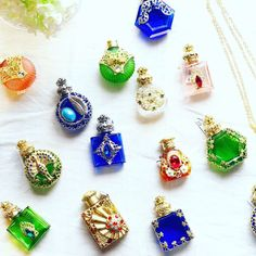 Stud Earrings, Jewelry, Twitter, Jewellery Making, Ear Studs, Jewelery, Jewlery, Jewels, Jewerly