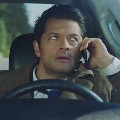 """I'm fed up with you"" face Supernatural Comic, Castiel, Misha Collins, Spn Memes, My Handsome Man, Music Tv, Best Shows Ever, Funny Faces, Supernatural"