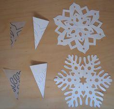 Plus de 1000 id es propos de papier d coup sur - Flocon de neige en papier pliage ...