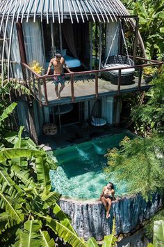 Have you ever stayed in a pool villa hanging on the tree before? Situated in one of the best Thai island - Phuket, the Keemala Resort offers the unique staying experience in their 38 uniquely designed villas. They are surrounded by green scenery and come Vacation Places, Dream Vacations, Vacation Spots, Places To Travel, Travel Destinations, Places To Visit, Unique Vacations, Greece Vacation, Keemala Phuket