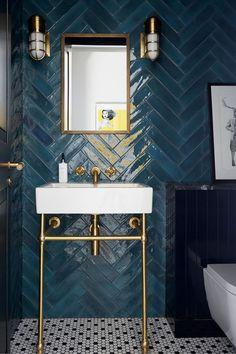 Dark Bathrooms, Vintage Bathrooms, Amazing Bathrooms, Small Bathroom, Master Bathroom, Shiplap Bathroom, Boho Bathroom, Bathroom Layout, Bathroom Lighting