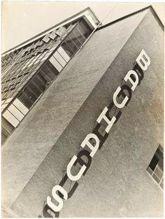 Iwao Yamawaki, Bauhaus Building, 1930-32