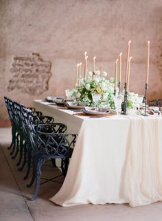 Romantic intimate wedding table: http://www.stylemepretty.com/2015/06/18/elegant-mexico-wedding-inspiration/ | Photography: Jose Villa - http://josevilla.com/