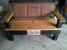 Tailgate bench...@Kyle Burge would looooove this
