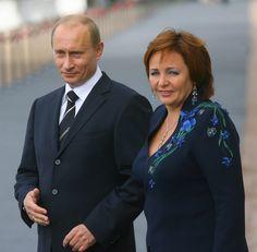 Президент Путин с супругой.
