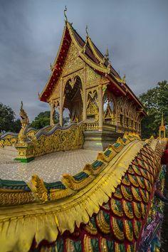 Wat by Pierre LAMY-ROUSSEAU on 500px