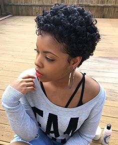HAIRSPIRATION| @lovebritmarie's #curls are so gorgeous ➰➰➰ Love this tapered #curly cut ✂️ #voiceofhair
