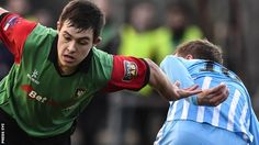 Jordan Stewart scored a hat-trick as Glentoran demolished bottom-placed Warrenpoint Town at Milltown.