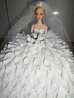 Resultado de imagem para boneca vestida de eva