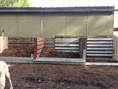 Used old pallets to make horse manure compost storage DIY Barn