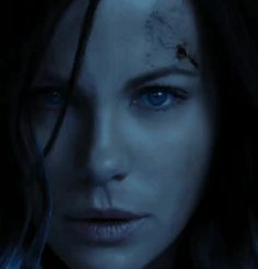 Kate Beckinsale Is Reborn in the Latest Trailer for Underworld: Blood Wars Underworld Cast, Underworld Vampire, Underworld Selene, Underworld Movies, Underworld Characters, Underworld Kate Beckinsale, Kate Beckinsale Pictures, Avengers Girl, Post Apocalyptic Fashion