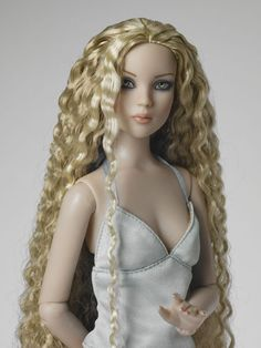 Cami Basic - Blonde | Tonner Doll Company SOLD OUT EDITION