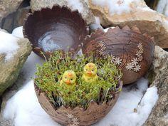 Keramika Lucie Sculpture Art, Serving Bowls, Fondant, Ceramics, Tableware, Fimo, Easter Activities, Ceramica, Pottery
