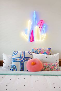 Playful Neon Lights - These Vivid Neon Lights are Perfect for Children's Bedrooms (GALLERY)