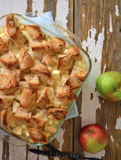Overnight Vanilla Bean Apple French Toast | A great breakfast that can be prepared the night before - perfect for Christmas morning!