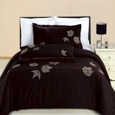 SALE Newbury Embroidered 3-piece King / California King Duvet Cover Set 100 % Egyptian Cotton 300 Thread Count by Royal Hotel Bedding